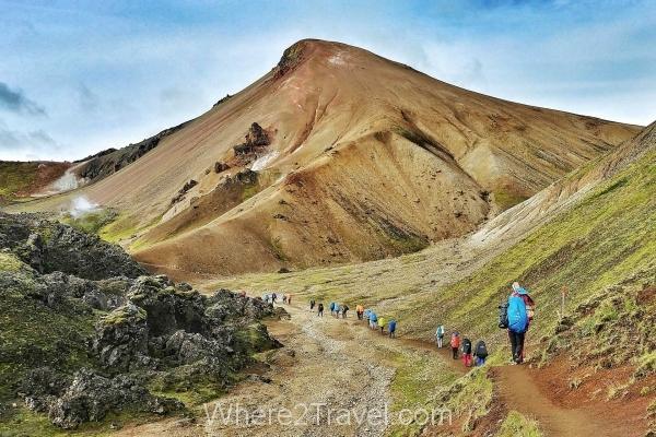 landmannalaugar-amazing-landscape-hiking-iceland