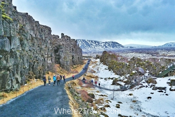 What to do in Iceland: Path of Thingvellir